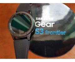 Vând Gear S3 Frontier