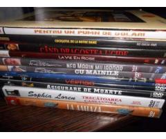 Vand Lot de 12 DVD-uri noi + cadou 1 DVD Charles Chaplin