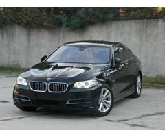 BMW 520d / 98700 Km / Parking Assist / Head up Display