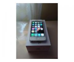 De vanzare IPhone 5 Alb, 16 GB, baterie noua, telefon bun