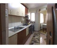Vand Apartament 3 camere, Micro 16, Pret 50000 Euro neg.