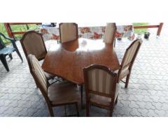 Vand masa cu scaune