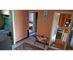 Apartament 3 cam Q decomandat etaj 1/4 Rogerius