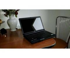 De vanzare laptop fujitsu siemens model ah 530